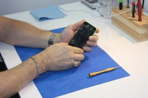 Top Cell Phone Repair Misconceptions (2)